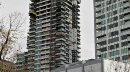 293px-Sky_scraper_construction